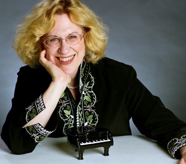 Pianist Sara Davis Buechner.