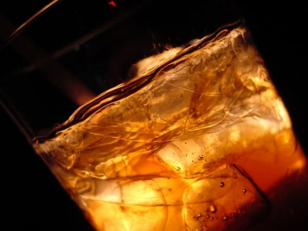 The rum in that Cuba libre will hit your bloodstream faster if it's mixed with diet cola.