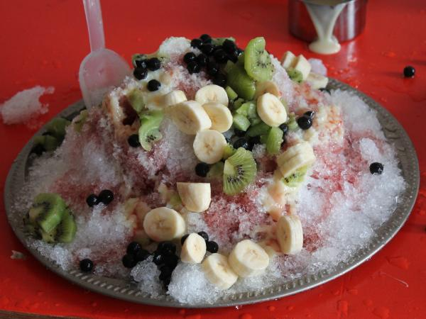 "For a ""Cooking With Snow"" class taught through <a href=""http://c.knowledgecommonsdc.org/"">Knowledge Commons DC</a>, instructor Willie Shubert made <em>baobing,</em> a shaved ice dessert from China."