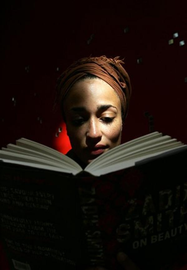 Zadie Smith reads from her book <em>On Beauty</em> in 2005.