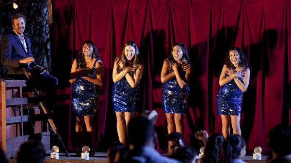 Chris O'Dowd, Deborah Mailman, Shari Sebbins, Jessica Mauboy, and Miranda Tapsell in <em>The Sapphires</em>.