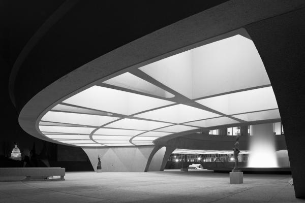 <em>Hirshhorn Museum, Skidmore, Owings & Merrill, Washington, D.C.,</em> 1974