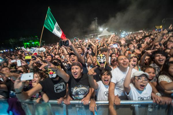 Mexican flags, wrestling masks and a legion of ecstatic Café Tacvba fans at <em>Alt.Latino</em>'s showcase at Auditorium Shores.