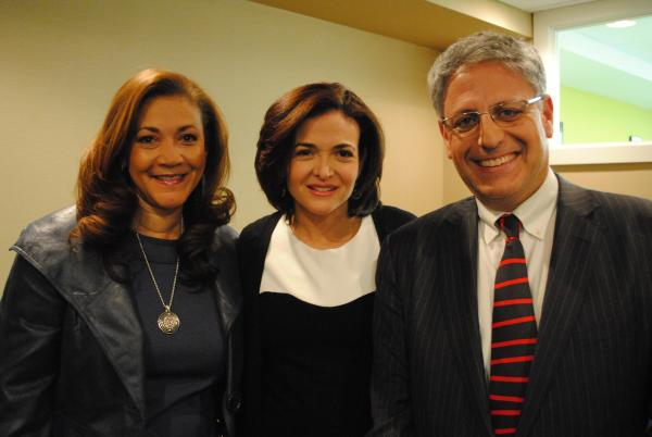 NPR President and CEO Gary E. Knell stands with the honored guests of the night, (l-r) NPR Host and Special Correspondent Michele Norris and Facebook COO and author Sheryl Sandberg.