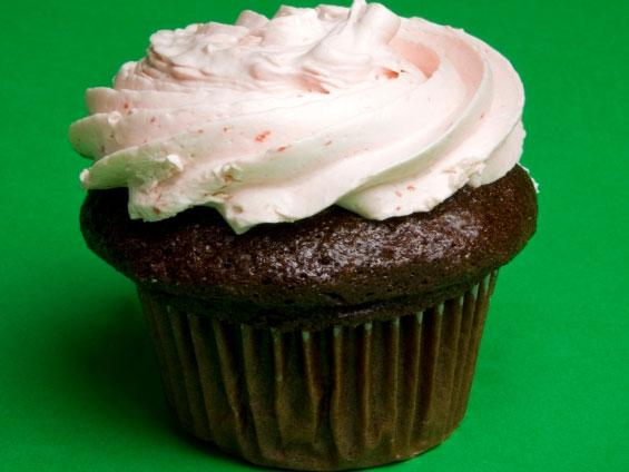Sites like LivingSocial and Groupon offer big discounts at a variety of retailers, like cupcake bakeries.