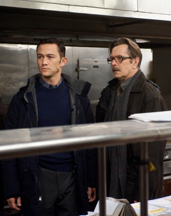 Joseph Gordon-Levitt and Gary Oldman in <em>The Dark Knight Rises</em>.