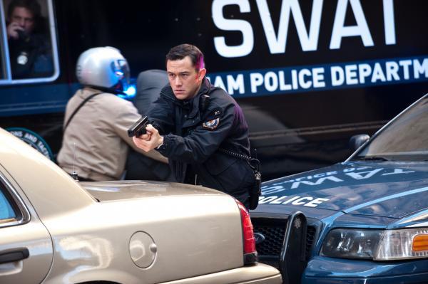 Joseph Gordon-Levitt as police officer John Blake in <em>The Dark Knight Rises</em>.