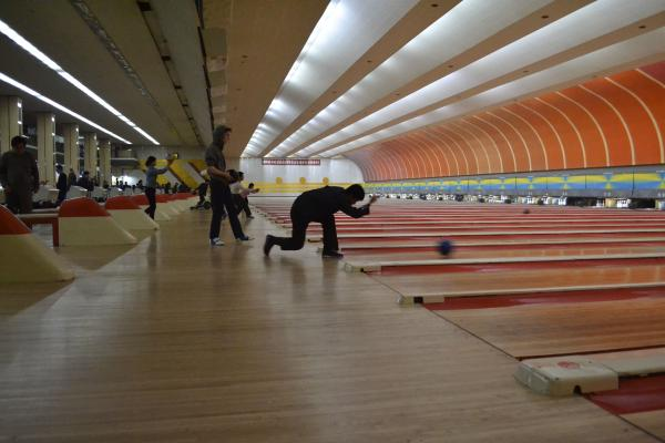 A Pyongyang bowling alley features 40 lanes and state-of-the-art computerization.
