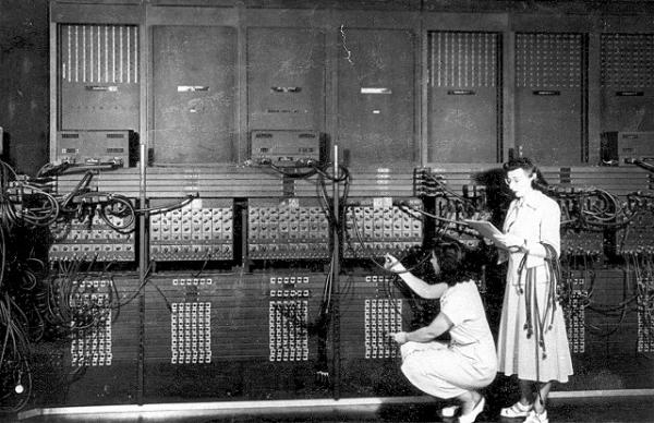 "Ester Gerston and <a href=""http://articles.washingtonpost.com/2009-07-26/news/36783349_1_programmers-first-general-purpose-electronic-computer-daughters"">Gloria Ruth Gordon</a>, early programmers working on the ENIAC computer in 1946."