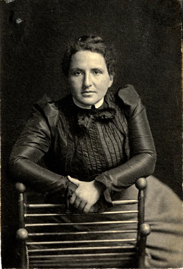 <em>Gertrude Stein</em>, circa 1903