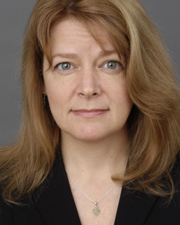 Ellen Schultz is an award-winning investigative reporter for <em>The Wall Street Journal</em>.