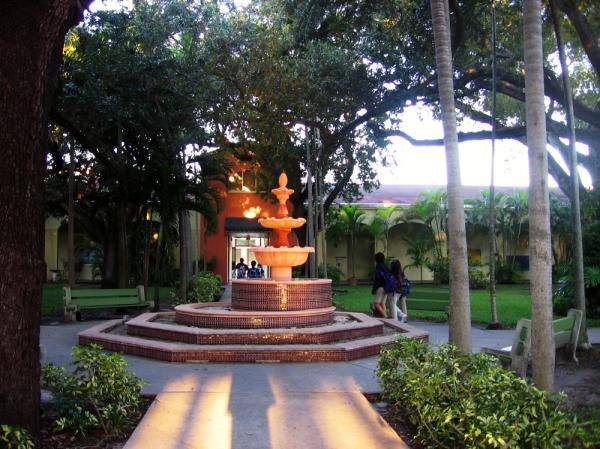 <p>At Coral Way Elementary School in Miami-Dade County, students take classes in Spanish in the morning, then switch to English in the afternoon. </p>