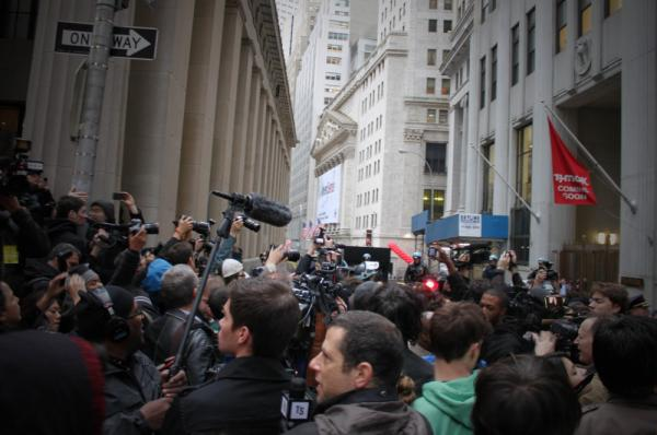 The protesters got close enough to the Stock Exchange that they could see its facade.
