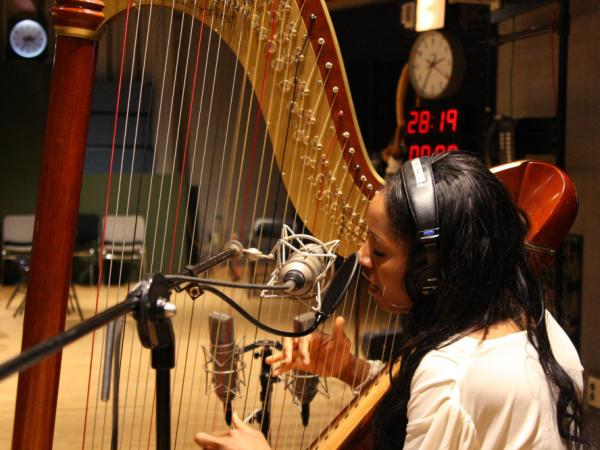 Harpist Rashida Jolley sings a tune from her new album <em>Tales of My Heart. </em>
