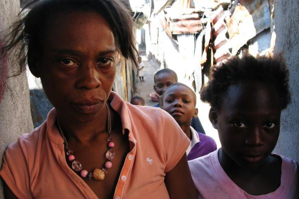 Julian Valle, 40, and her daughter, 11-year-old Kenyzi Louis, both had cholera last year.