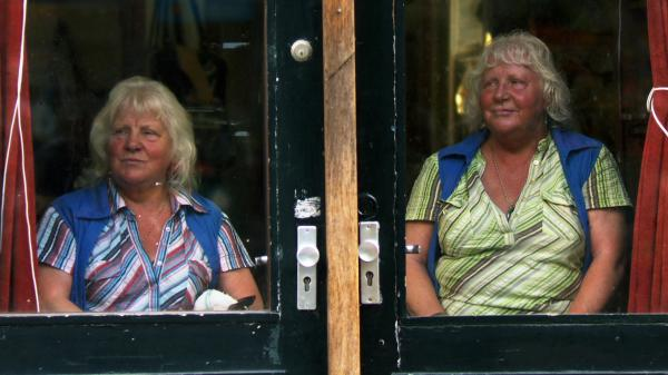 <em>Meet the Fokkens </em>follows Louise and Martine Fokkens, identical twins who have worked as prostitutes in Amsterdam for more than 50 years. Martine still works today, while Louise stopped a few years ago because of her arthritis.