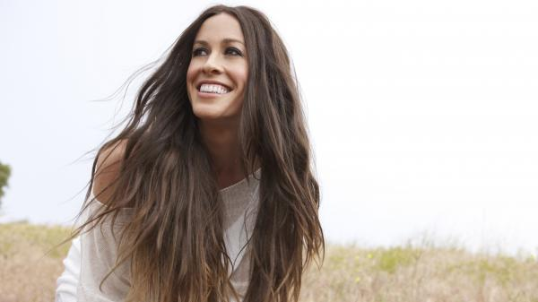 Alanis Morissette's <em>Havoc and Bright Lights</em> is the singer's eighth studio album.