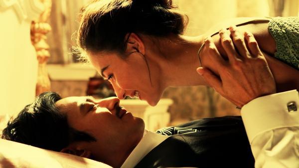 Xie Yifan (Jang Dong-gun) sets out to seduce a young widow, Du Fenyu (Zhang Ziyi), at the behest of his former flame.