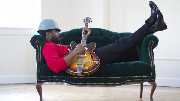 Cody ChesnuTT is the best sort of egomaniac: On <em>Landing on a Hundred</em>, he's preachy but delightful.