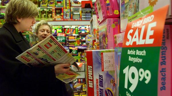 Shoppers at a K-B Toy store in northern Virginia last month.