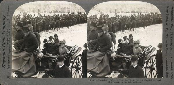 March 5, 1909: After William Howard Taft's inauguration, the first lady accompanied the president in the inaugural procession for the first time.