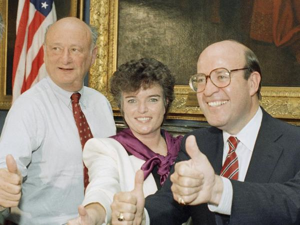Maureen O'Connor, center, and Mayor Ed Koch in 1987 in New York.