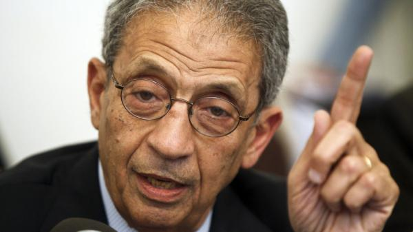 Amr Moussa, the front-runner in the Egyptian presidential race, speaks during a press conference in Cairo on Apr. 22. The country's election commission said Thursday that Moussa and 12 other candidates are eligible to compete in next month's election.