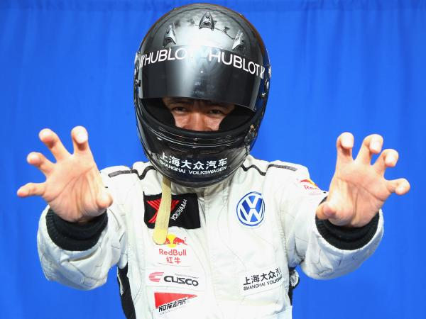 Blogger and race car driver Han Han doesn't shy away from skewering Chinese government and society.