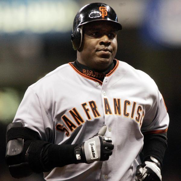 Barry Bonds rounding the bases after hitting his 734th home run   in 2006.