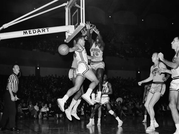The Haws and the San Francisco Warriors sported Converse All Stars in 1963.
