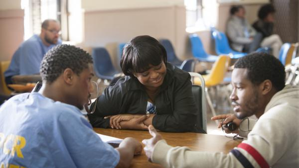 Michael B. Jordan (left), Octavia Spencer and director Ryan Coogler, on the set of <em>Fruitvale Station</em>.