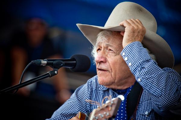 He's nicknamed Ramblin' Jack Elliot for a reason: The American folksinger took a good five minutes after each song to tell yarns and talk about his friends Woody Guthrie and Pete Seeger.