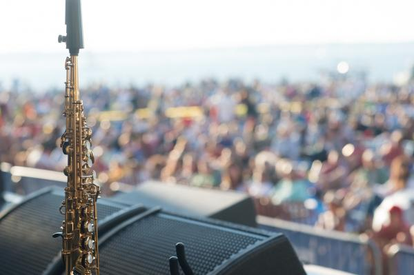 No sax is lonely if adored by thousands.