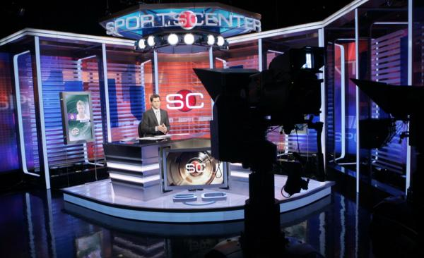 Ryan Phelan rehearses on the set of ESPN's SportsCenter at ESPN's headquarters in Bristol, Conn., Thursday, Jan. 11, 2007. (Bob Child/AP)