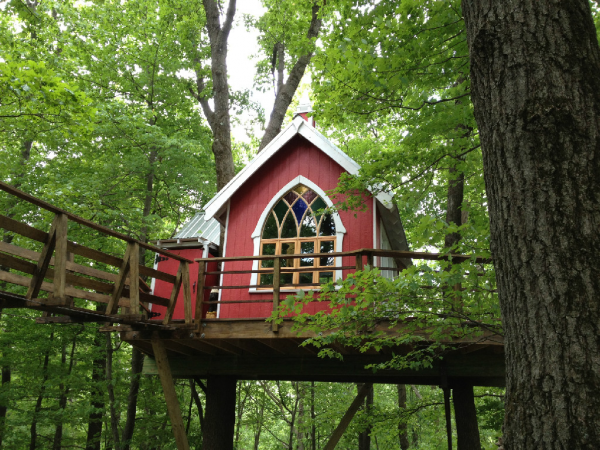 A company in Ohio, Mohican Cabins, lets visitors live in luxury treehouses. (Mohican Cabins)