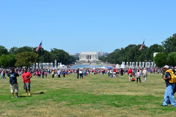 Large crowds gather at the Lincoln Memorial.