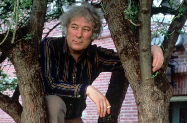 Irish poet Seamus Heaney is pictured in 1991. (Joe Wrinn/Harvard University via AP)