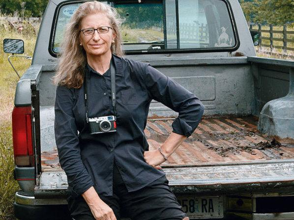 "In 2000, the Library of Congress declared Annie Leibovitz to be a <a href=""http://www.loc.gov/about/awardshonors/livinglegends/bio/leibovitza.html"">Living Legend</a>. Leibovitz lives in New York with her three children."