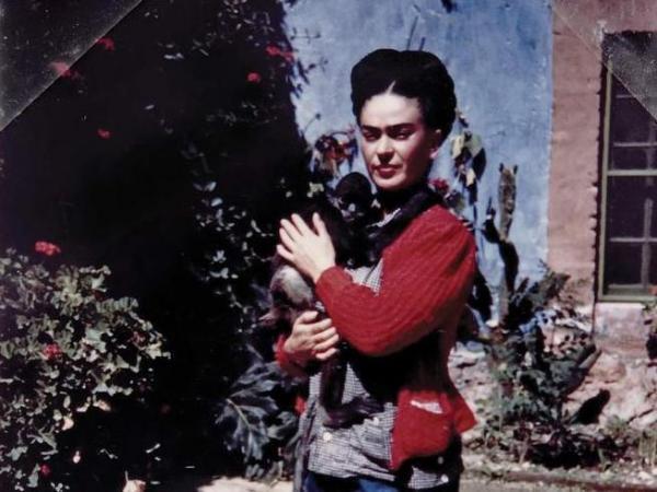 Frida Kahlo with Fulang Chang, circa 1938
