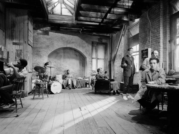 The set of <em>The Connection </em>with much of its cast. The film included a four-piece jazz band, assembled by pianist Freddie Redd, playing and soloing throughout.