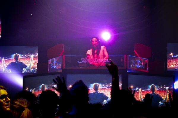 The featured guest was celebrity DJ Steve Aoki.