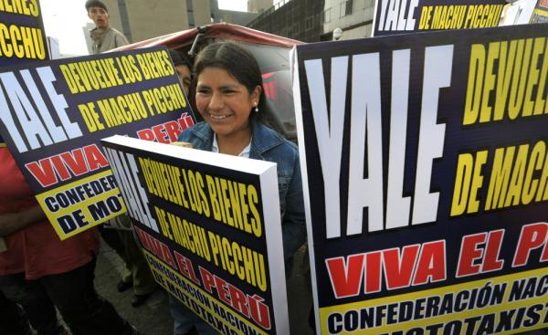 In November 2010, Peruvians held a demonstration in Lima demanding that Yale return the artifacts taken by Bingham.