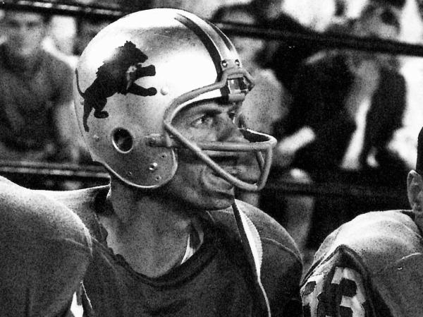 George Plimpton plays with the Detroit Lions in <em>Plimpton! Starring George Plimpton As Himself</em>.