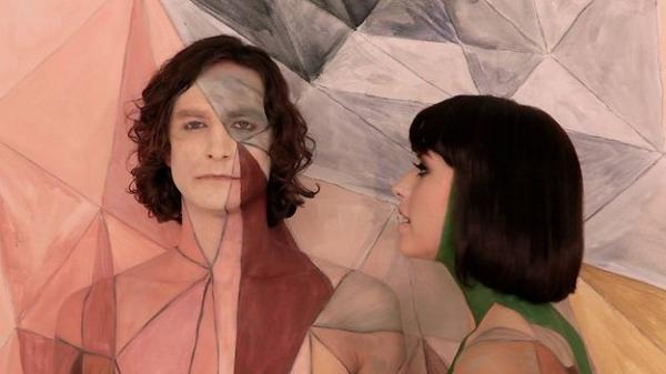 "Gotye and Kimbra in the video for ""Somebody That I Used To Know""."