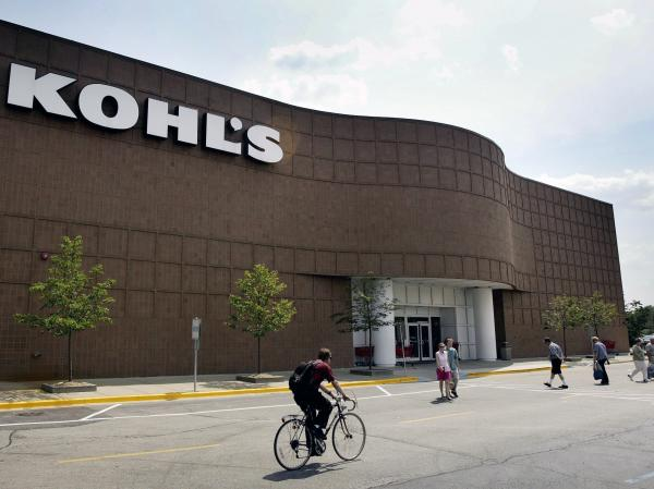 "The no-questions-asked return policy of the Kohl's department store chain helped it win a spot on the ""Naughty and Nice"" list compiled by <em>Consumer Reports</em>."