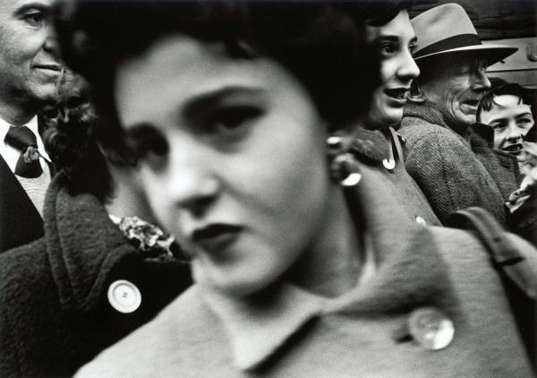 <em>Big face in crowd,</em> New York, 1955