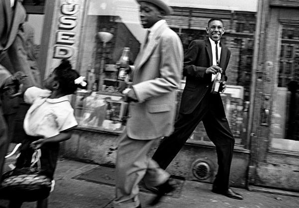 <em>Blacks + Pepsi,</em> Harlem, 1955