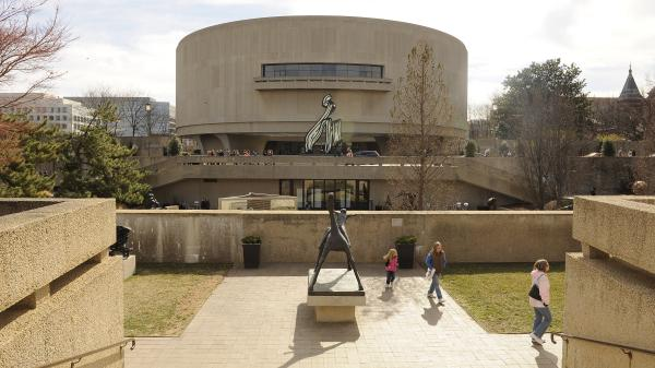 The Hirshhorn Museum and Sculpture Garden proposed adding a giant, inflatable structure that would balloon out of its top and side.