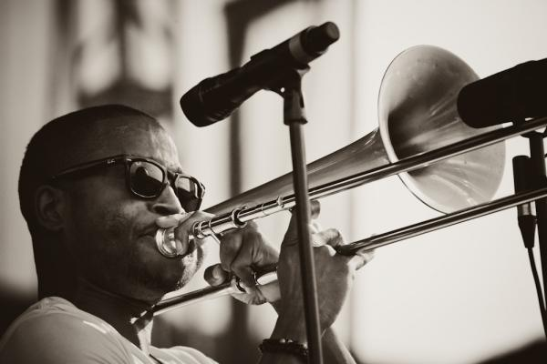 Trombone Shorty & Orleans Avenue show Newport how to get down.