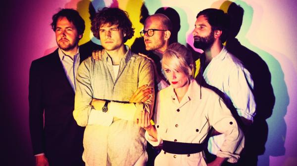 Shout Out Louds.